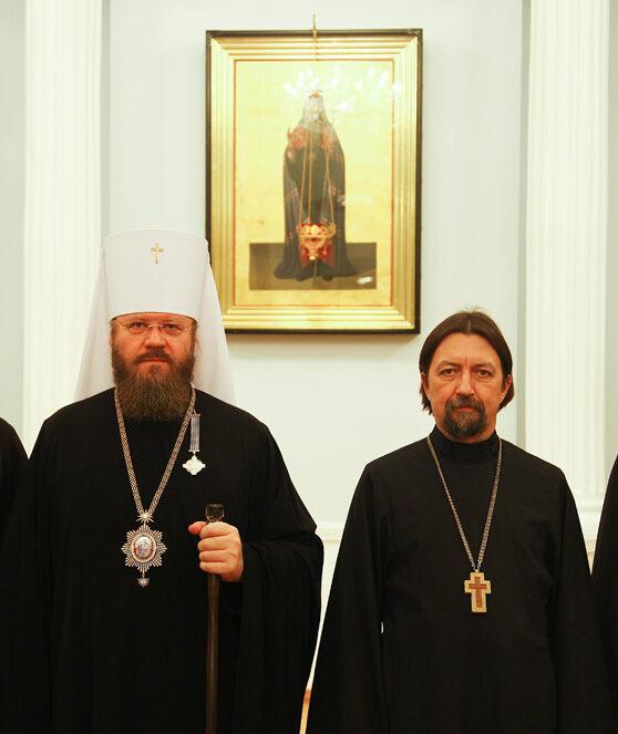 Владыка Феодосий с протоиереем Максимом Козловым