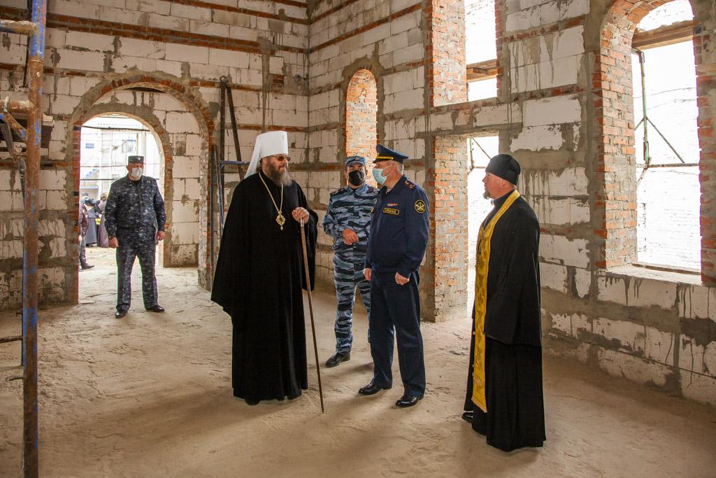 молебен с освящением креста и купола для строящегося храма на территории исправительной колонии № 1