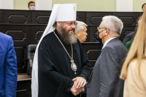 Глава митрополии принял участие в первом заседании областной Думы седьмого созыва